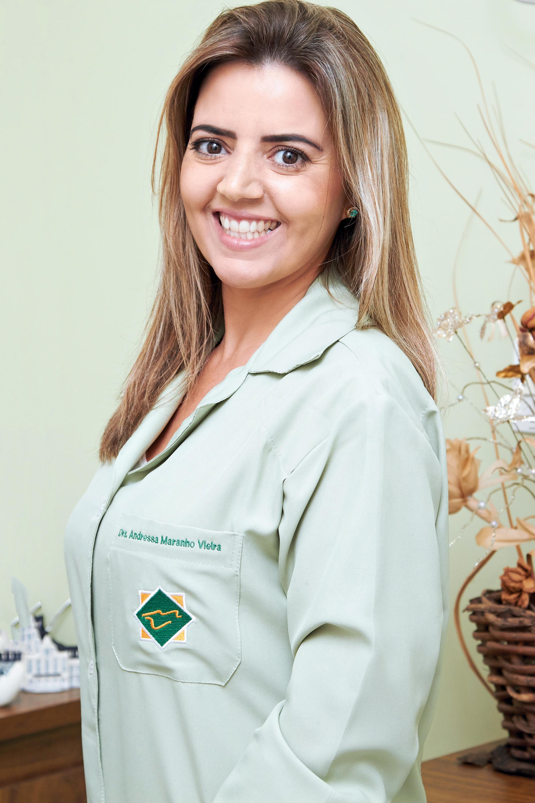 Dra. Andressa Maranho Vieira
